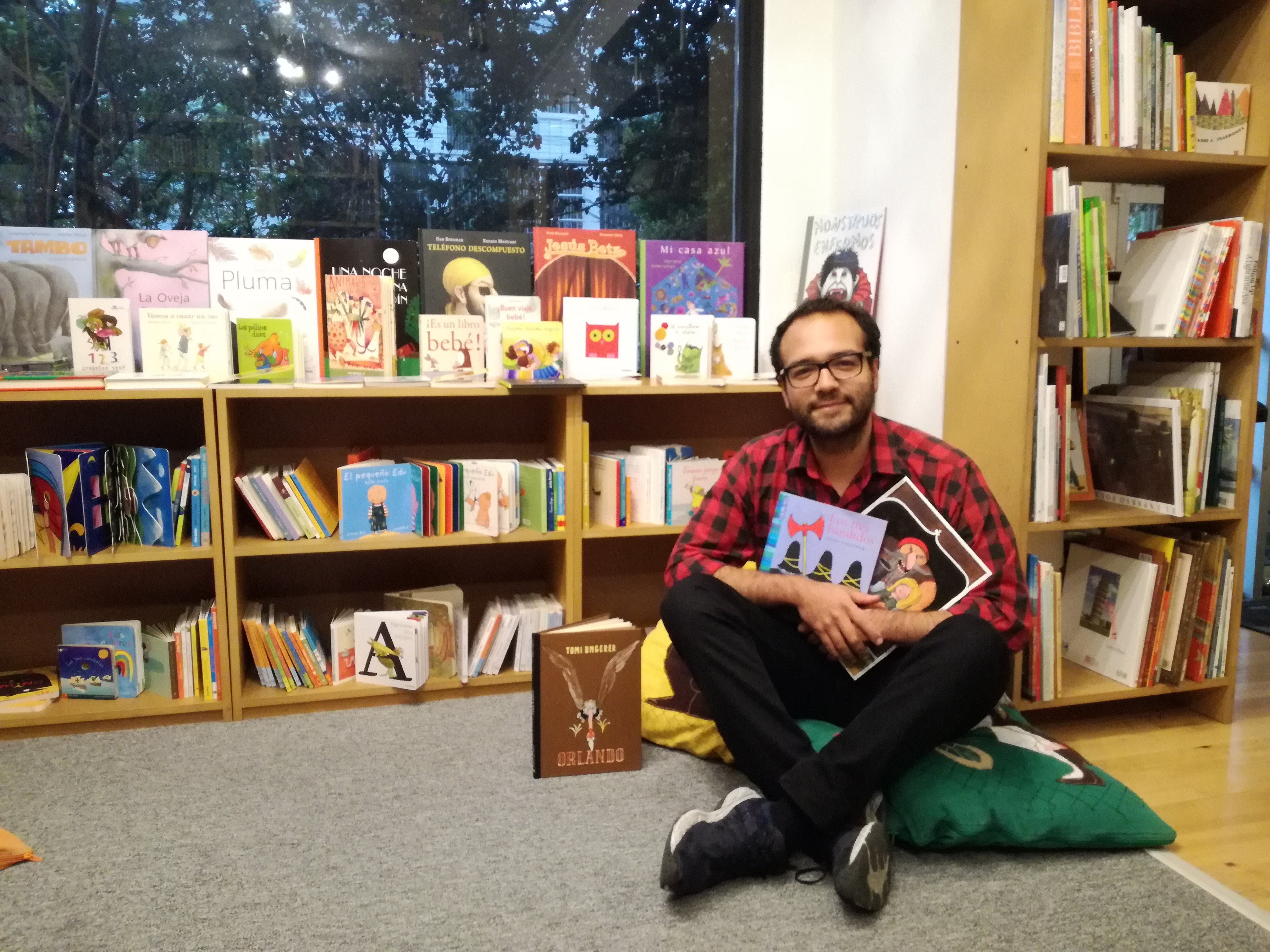 Babel Libros in Bogotá, Colombia stock Tomi's books in Spanish, English and French!