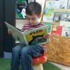 A happy customer in El Reino de los Libros, Guatemala