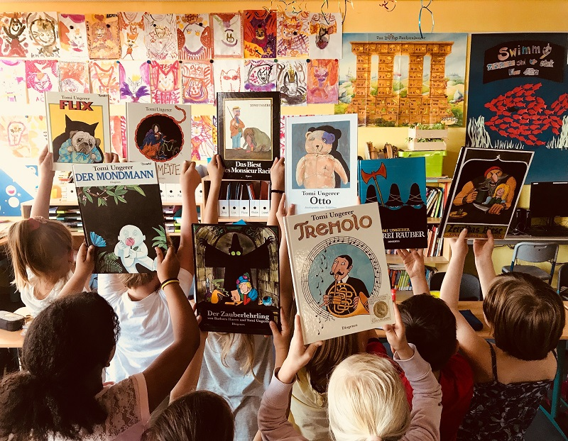 """Janina Bernotat: """"Reading, creating, acting and creative writing based on Flix, Moonman, Zeralda's Orge, Monsieur Racine, Tremolo and Otto was a great pleasure for my pupils and me!"""""""